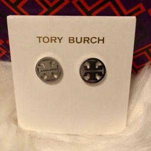 SILVER TORY BURCH STUD EARRINGS
